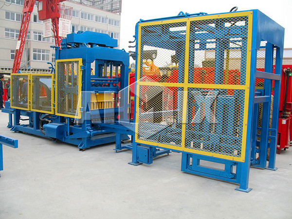 QT10-18 fly ash brick making machine