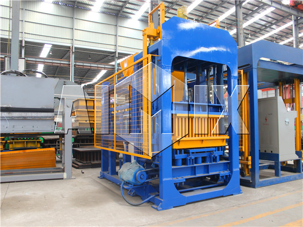 QT6-15 fly ash brick making machine
