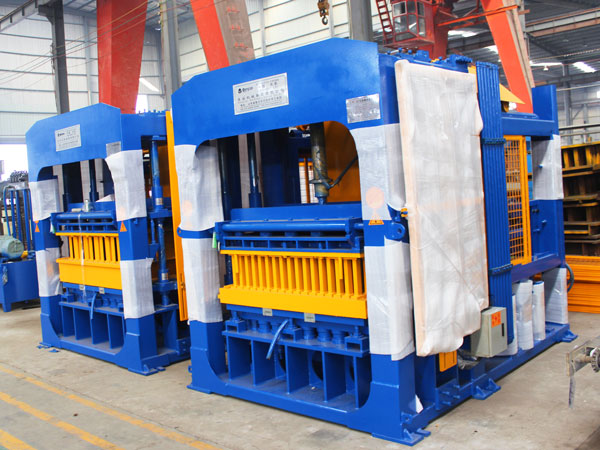 QT10-15 fully automatic fly ash brick making plant