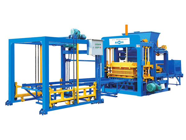 QT10-15 hollow bricks making machine