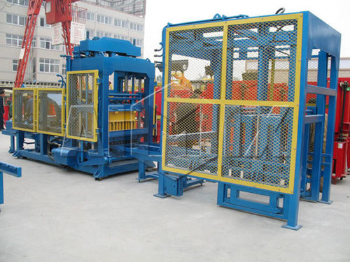 QT10-18 automatic concrete block making machine