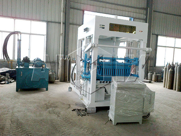 QT12-15 automatic cement brick making machine