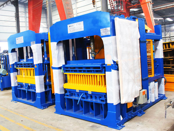 QT12-15 brick manufacturing machine