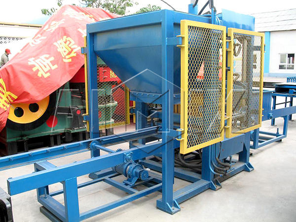 QT4-15 automatic cement brick making machine
