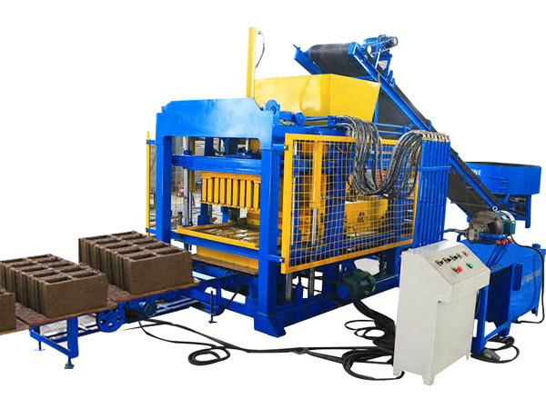 QT4-25 hydraulic brick machine