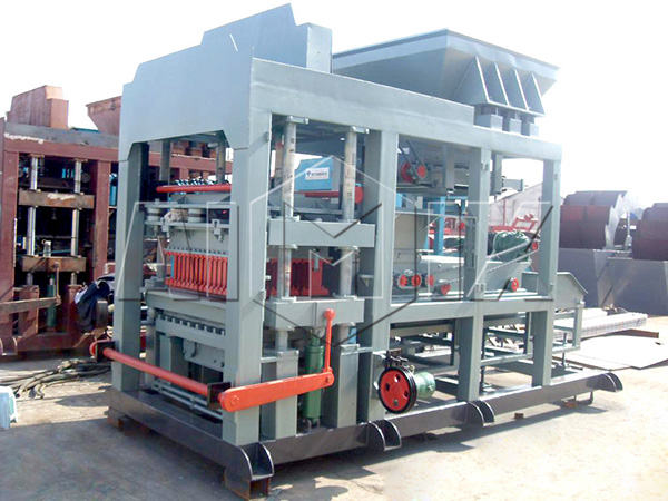 QT6-15 automatic cement brick making machine
