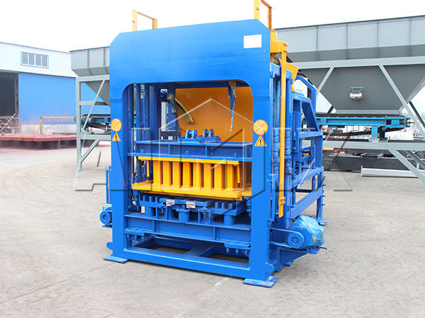 QT6-15 brick making machine price