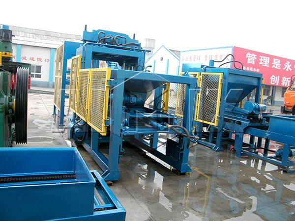 QT6-25 fly ash brick making machine supplier