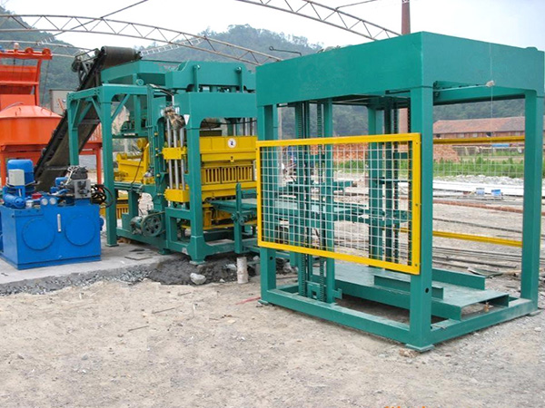 QT8-15 hydraulic block making machine