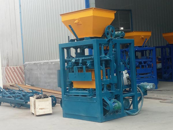 concrete hollow bricks equipment