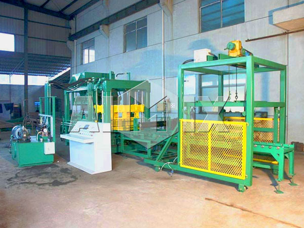 QT6-15 automatic block making machine
