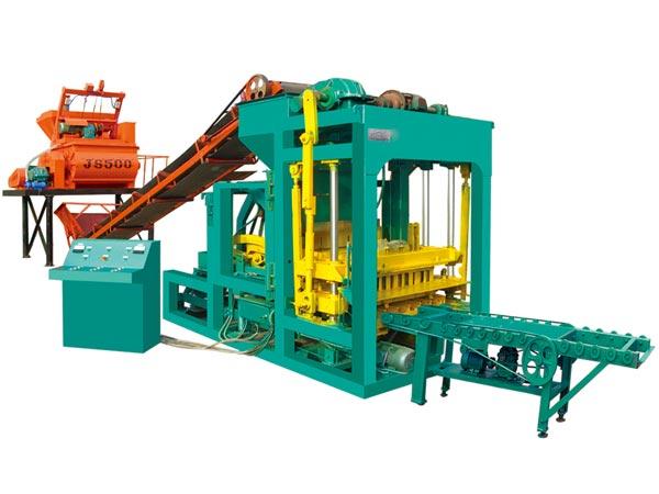 QT4-25 concrete block machine