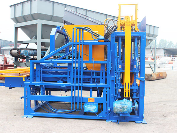 QT3-15 interlocking block machine
