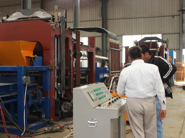 customer visit ABM-3S concrete block machine