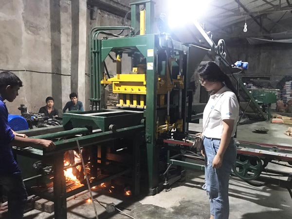 ABM-8S hollow brick machine