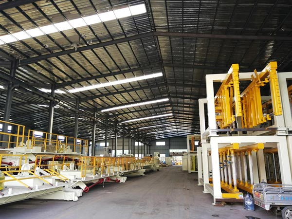 China concrete brick machine factory