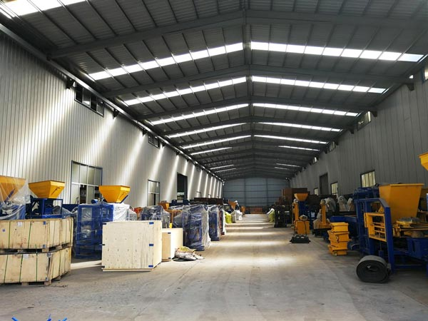 concrete brick machine workshop