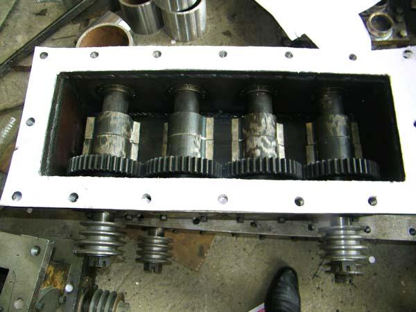 vibration system of block machine