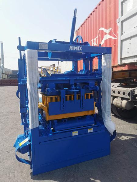 AIMIX cement brick machine