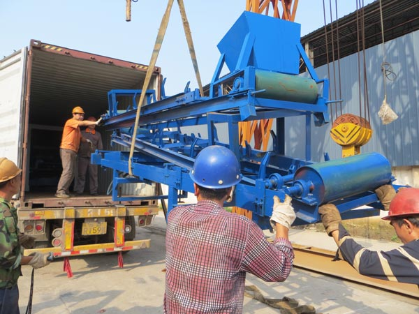 belt conveyor of cement brick machine