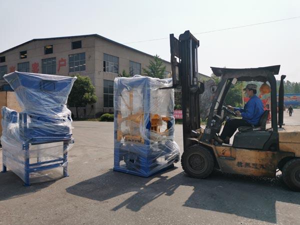 delivery of ABM-3S concrete block machine