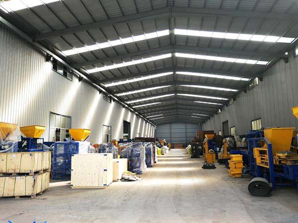 hollow block machine production workshop