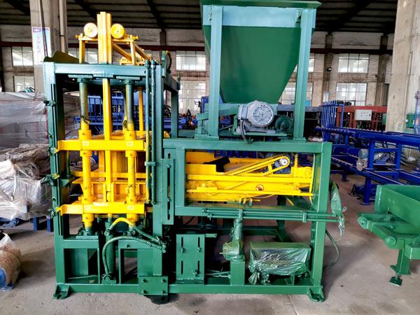 машина для производства бетонного кирпича ABM-4S