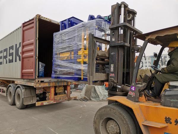Полуавтоматическая машина для изготовления бетонных блоков ABM-4SE