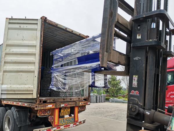 shipment of ABM-3S cement block machine Honduras