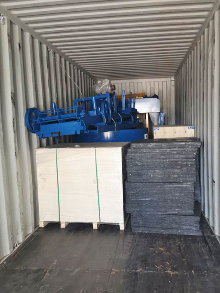 pallet of block machine