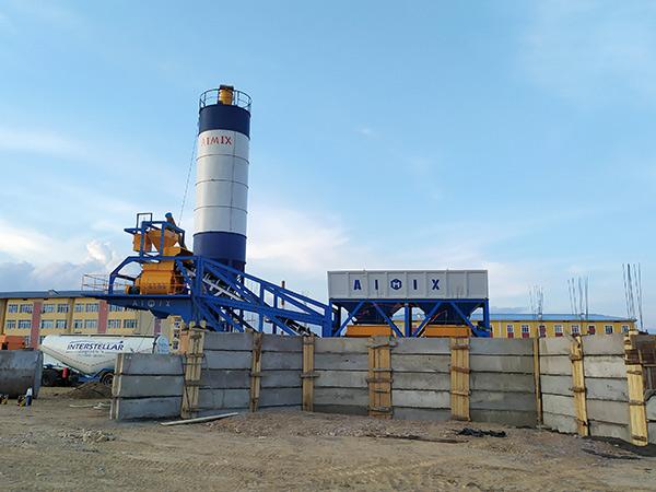 AJY-35 mini mobile type concrete plant in Uzbekistan