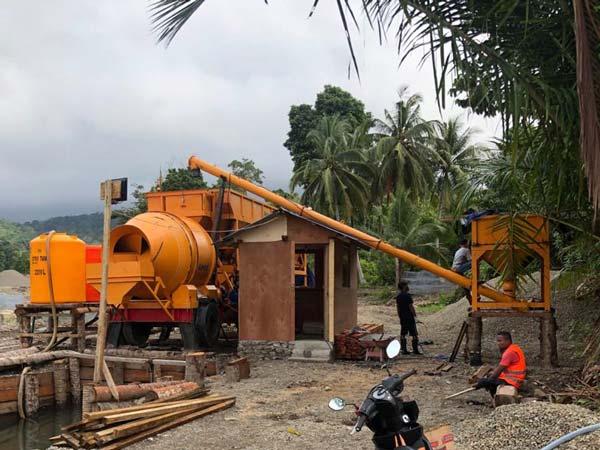 Tragbares Betonwerk AJT-35 in Ambon