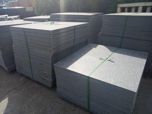 pallets of concrete block machine