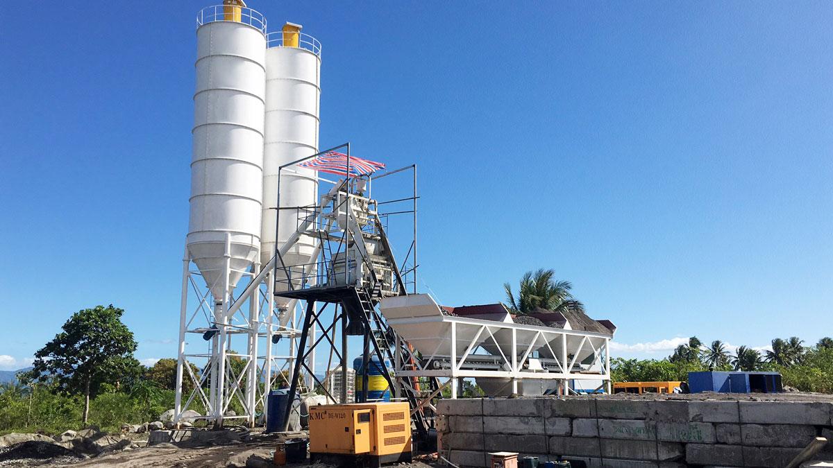 Planta de hormigón con tolva AJ-50 en Filipinas