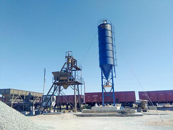 Planta de hormigón estacionaria AJ-75 Kazajstán