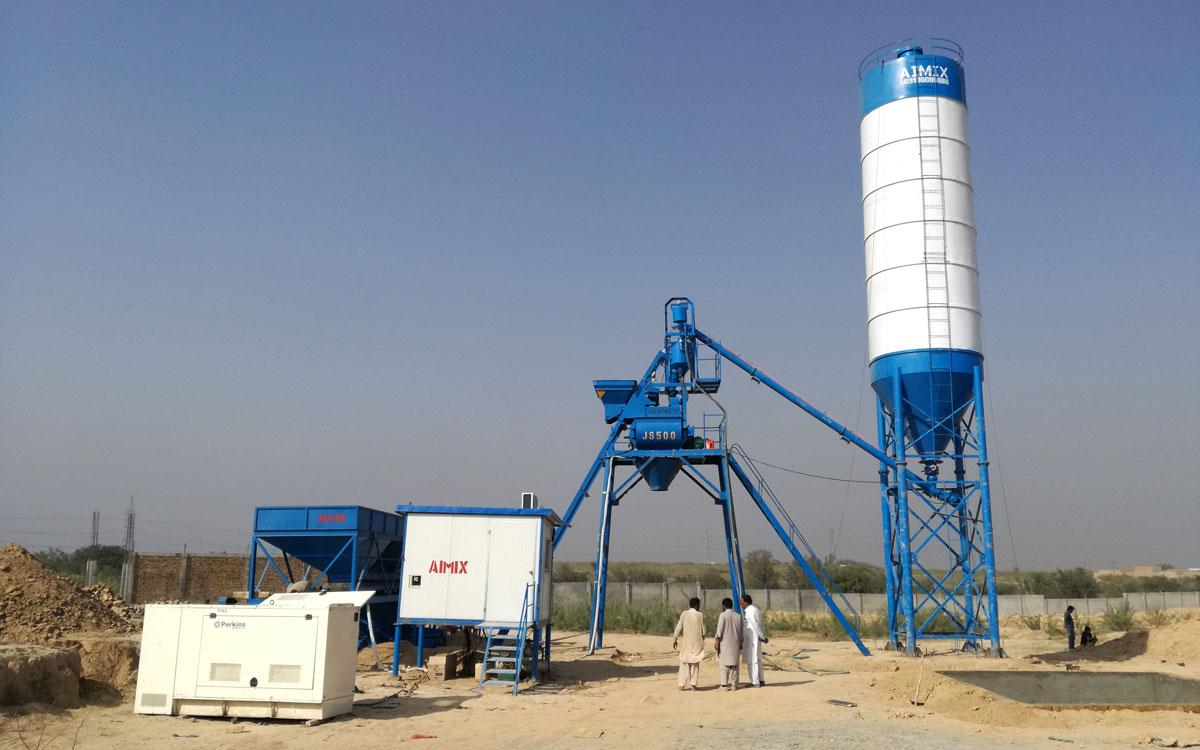 Install AJ-25 hopper batching plant in Pakistan