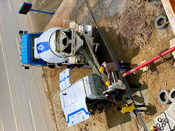 the combination of concrete transit mixer and trailer pump